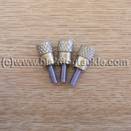 Daiwa Saltist Left Side Plate Thumbscrews (Gold)